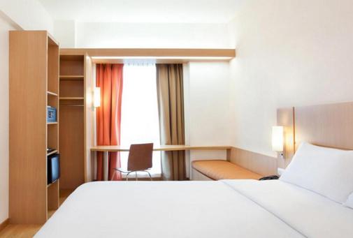 10 hotel murah di Bandung dekat trans studio
