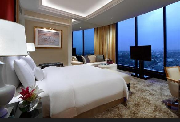 Hotel mewah dekat trans studio Bandung