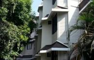 10 Daftar Homestay Murah di Kota Surabaya