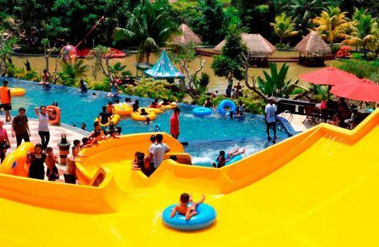 The Jhons Cianjur Aquatic Resort Bintang 5 Hotel Yang Terletak Di
