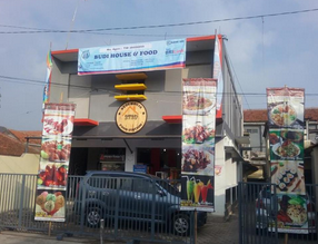 Budi house & food station