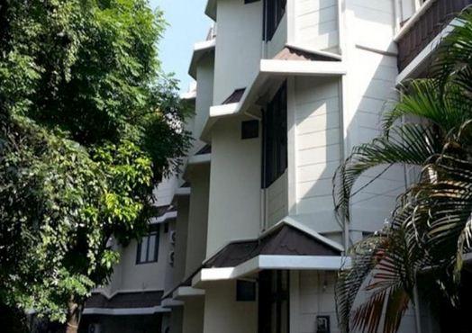 10 homestay murah di Surabaya