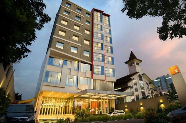 V Hotel Tebet Jakarta Selatan