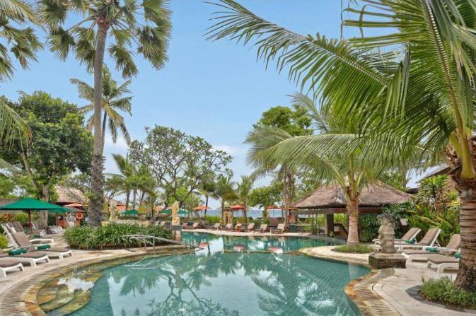 Legian Beach Hotel Bali dekat Pantai Legian