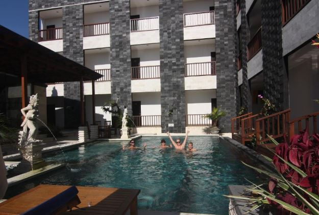 Mamo Hotel Uluwatu Bali