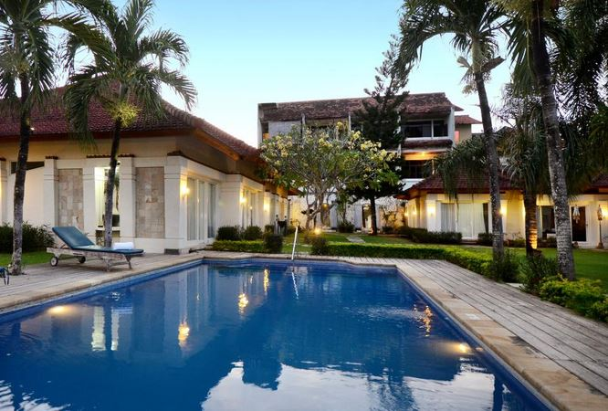 Bali Breezz Hotel Jimbaran