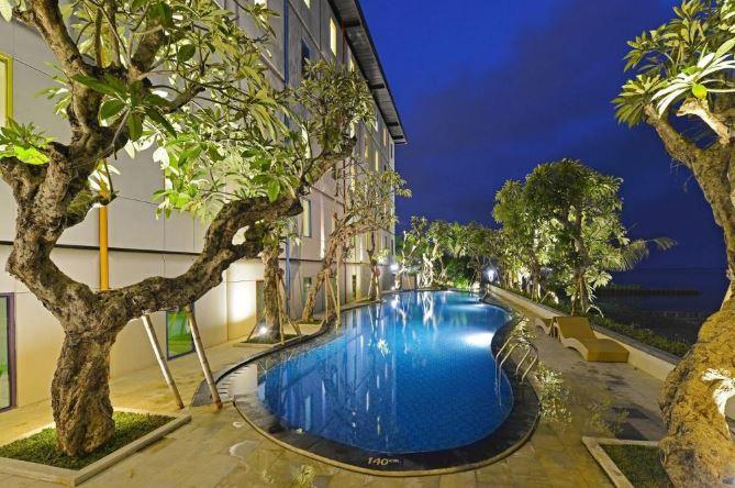 Hardys Hotel Singaraja Bali