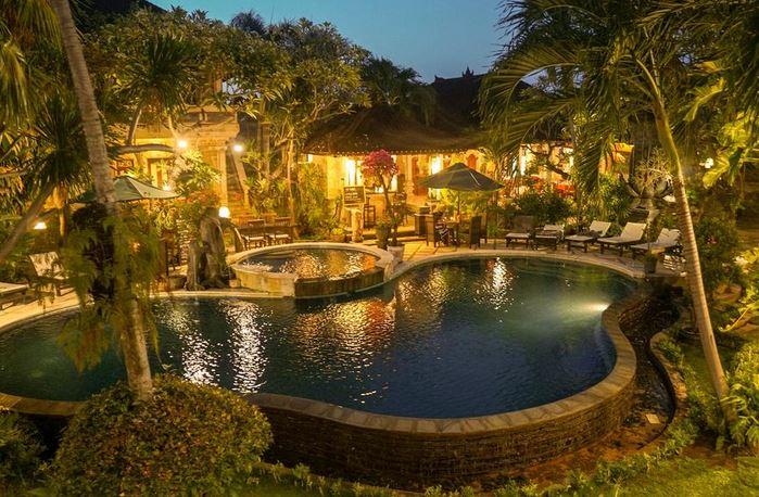 Suma Beach Hotel Lovina Bali