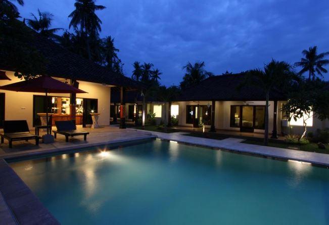 Hotel Melamun Lovina Bali