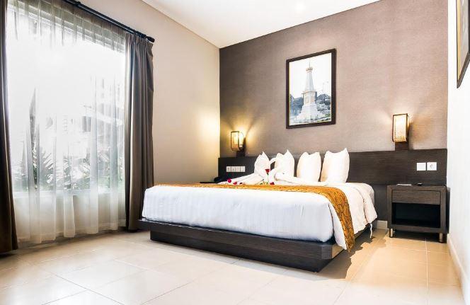 Ayola Tasneem Hotel and Convention Yogyakarta