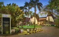 Novotel Surabaya Hotel & Suites Nyaman Harga Terjangkau