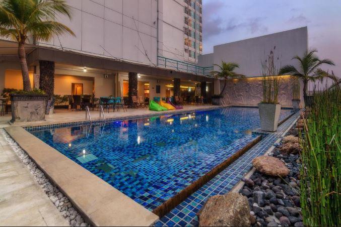 The Square Hotel Surabaya