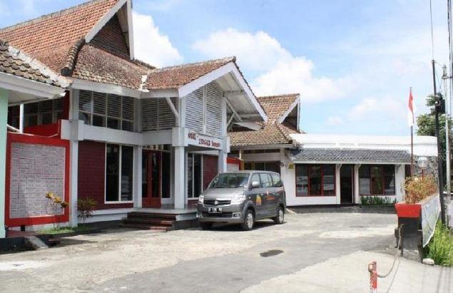Lingga Guest House Jayagiri