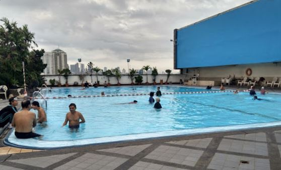 Gajah Mada Plaza Pool