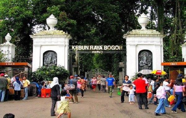 10 Spot Menarik di Kebun Raya Bogor