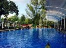 10 Kolam Renang di Bandung yang Terdekat untuk Liburan Akhir Pekan