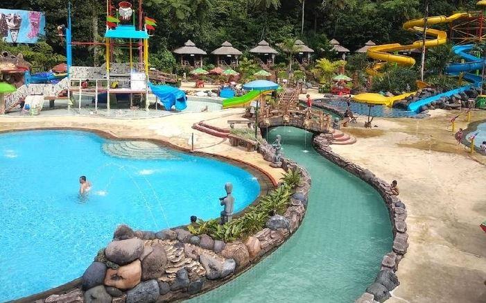 10 Kolam Renang di Bogor Paling Bagus