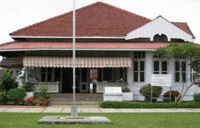 9 Hotel dekat Rumah Pengasingan Bung Karno Bengkulu