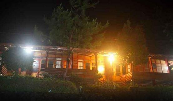 Villa Marindu And Glamping