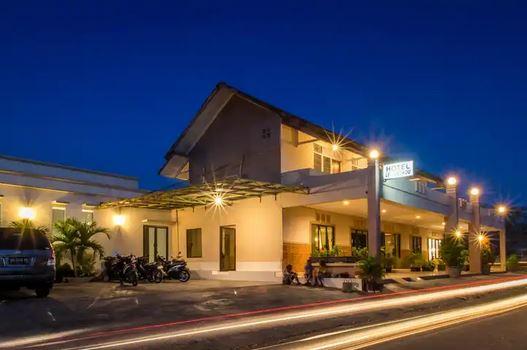 Hotel Ledetadu Kupang