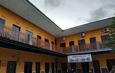 Penginapan Togaz Inn